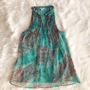 Tops - 🐠NWOT🐠 Bright Paisley Top